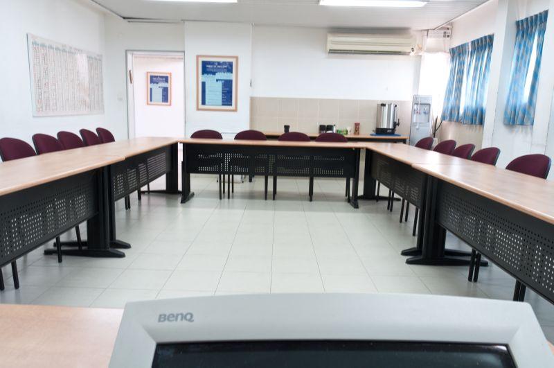 כיתות לימוד בבית הארחה במרכז מכבים במאובזרת וערוכה לקראתכם
